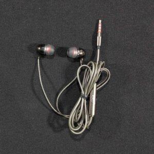 KDM M8 Earphone,Universal Handsfree Headphone, handset, Compatible with All Smartphones